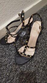 Bnwt Next size 7 high heels.