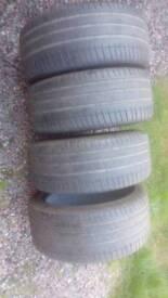 4+Michelin 255/40/19