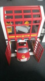 FIRE STATION AND TRUCK CAR FIGURES ACCESSORIES FLASHING LIGHT & ALARM