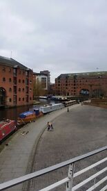 Large double bedroom to rent in the heart of Castlefield, Manchester. £625pcm All inc. Available now