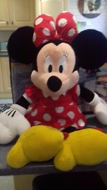approx 2ft 4ins minnie mouse soft toy.
