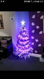 Christmas tree and decs