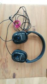 Panasonic RP-HC200 noise cancelling headphones