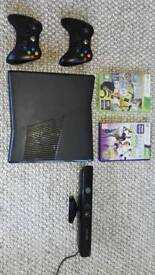 Xbox 360 + 2 controlers + kinect + two games