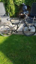 Mountain bike muddy fox