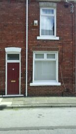 Nice clean 2 bed house to let in the Elwick road area
