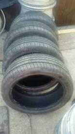Set 4 tyres 215/45/17