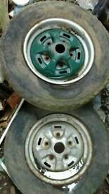 Original land rover wheels with tyres
