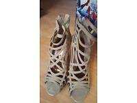 miss selfridge beige heels size 6