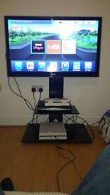 """42"""" 3D LG tv with glass tv stand"""