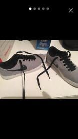 Nike SB trainers size 4
