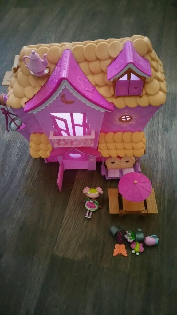 Mini Lalaloopsy Playhouse