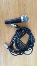 Microphone and lead