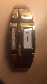 Storm wristwatch