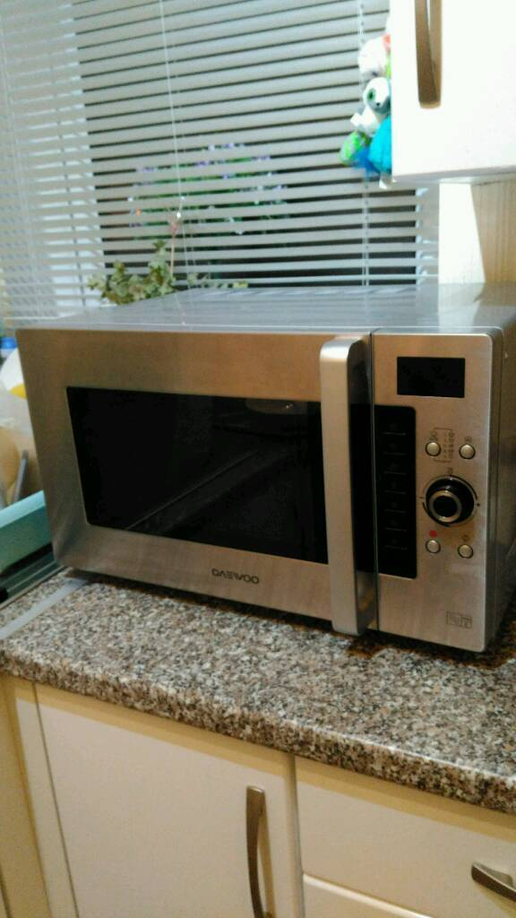 Daewoo combi microwave/ almost new