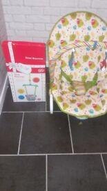 Baby vibrate bouncer & door swing