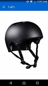 Harsh HX1 scooter/skateboard helmet, black. Large. NEW
