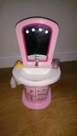 Baby born sink