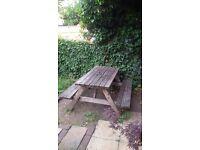 Pub&garden table with umbrella hole