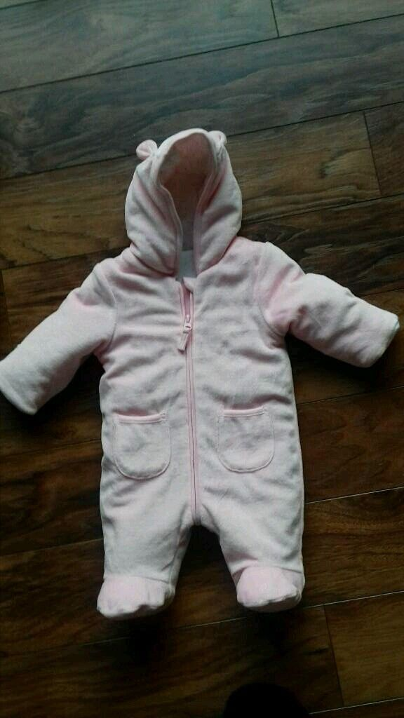 169571f058dc Baby girl outdoor suit - age 0-3 months