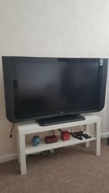 """TV LCD TECHNIKA LCD - 40"""" LCD HD Ready with Freeview"""