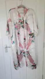 Kimono White With Patterns - Uk Size 16/18