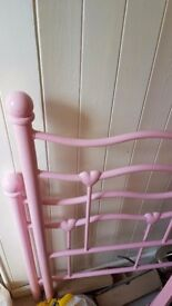 Girls hearts single bed frame