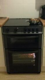 Logik free standing electric cooker