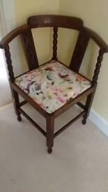 Lovely Oak Corner Chair