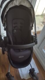 Graco Quattro Tour Travel System Deluxe Oxford