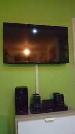 "SAMSUNG UE40EH5000K 40"" LED TV FULL HD and Panasonic SC-XH170 Home Cinema System"