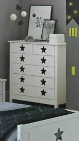 Stars chest of drawers