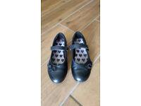 Clarks Girls School Shoes Size 11 1/2