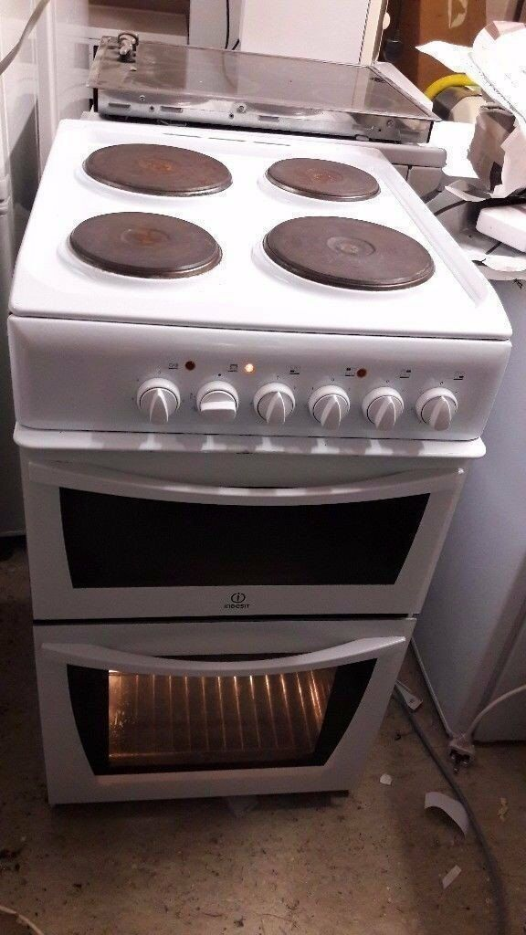 indesit 50cm wide cooker with seperate grill and oven very good working cond £65 ono can deliver