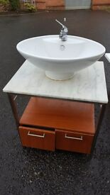 Wash basin with cabinet
