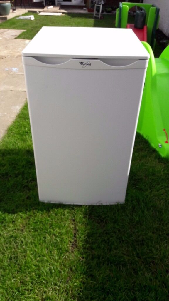 **JAY'S APPLIANCES**INDESIT**A RATED**UNDERCOUNTER FREEZER**VERY GOOD CONDITION**DELIVERY**