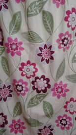 Pair of pretty flower pattern lined curtains, pink/off-white