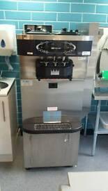 Taylors 723 Soft Ice Cream/Frozen Yogurt Machine