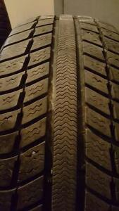 4 PNEU HIVER - MICHELIN 205.55.16 - 4 WINTER TIRE