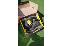 Safety Boots DUNLOP, UK size 8