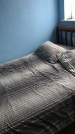 6ftwrought iron metal bed with mattress £40