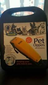 Pet clippers