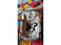 Baby rocker bouncy chair
