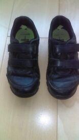 Boys Clarks Shoes Size 12.5G