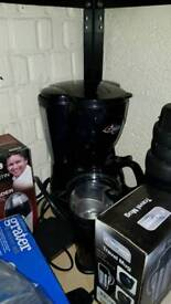 Coffee machine and bean grinder
