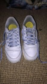 good condition reebok trainers for sale size 5.5