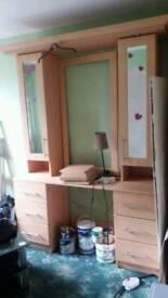 Girls vanity unit dresser