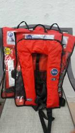 X3 KRU LIFEJACKETS 175N