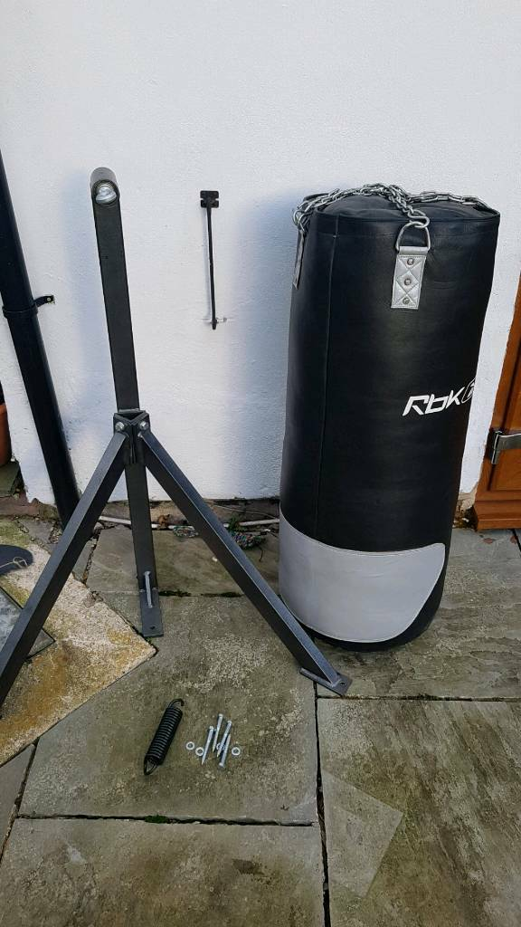 Professional Reebok Punch Bag and Heavy Duty Wall Bracket. RRP £600