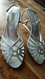 Dune size 39 silver satin sequin mid heel open toe sandel